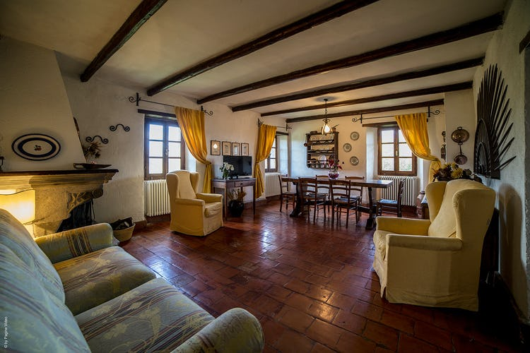 Agriturismo Ca' del Bosco Three apartments have a cozy fireplaces