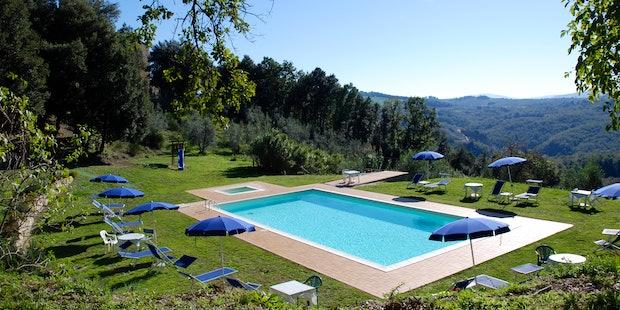 Family vacation fun at Agriturismo Escaia near Volterra