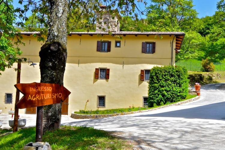 Agriturismo il Passeggere - Front Garden & Entrance