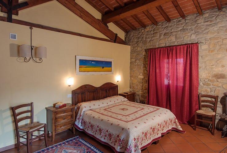 Agriturismo La Collina Delle Stelle - ubicato in posizione tranquilla, circondato dal paesaggio rurale che caratterizza i dintorni di Arezzo