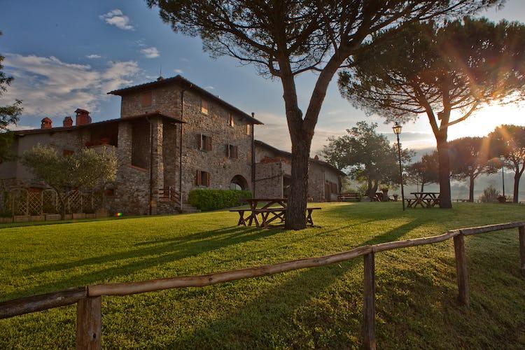 Agriturismo La Collina Delle Stelle - appartamenti per vacanze con ristorante in loco