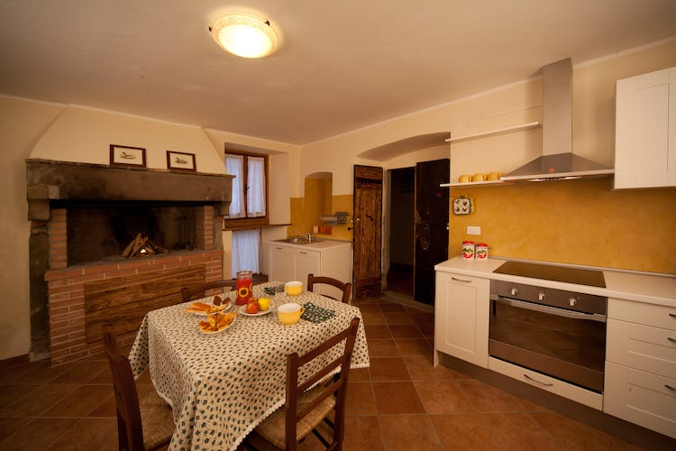Agriturismo La Collina Delle Stelle - self catering apartments in Tuscany