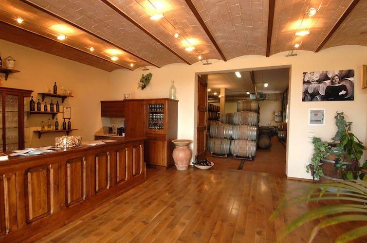 Wine bar Lucciolaia Agriturismo