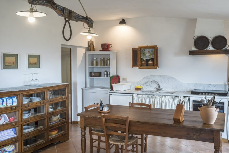 Agriturismo La Sala: authentic Tuscan decor