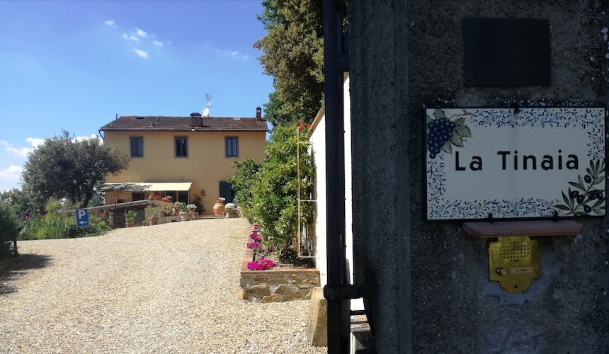 Agriturismo La Tinaia is a 4 sunflower farmhouse