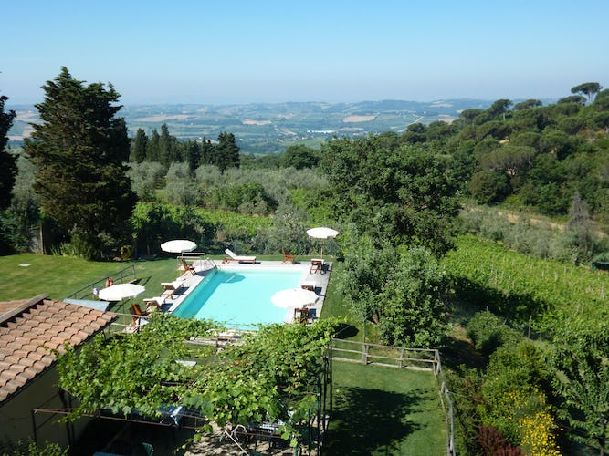 Agriturismo La Tinaia - View from upper floors