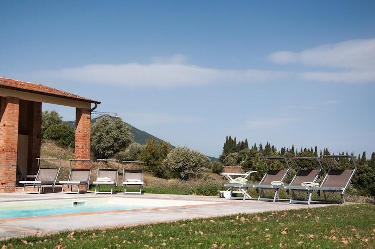 Tranne Montefreddo, i casali hanno tutti la propria piscina privata