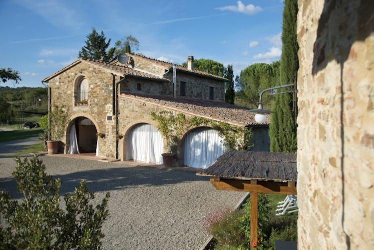 Agriturismo Piettorri - Agriturismo in tradizionale stile rurale toscano