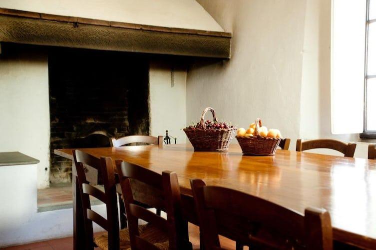 Il caminetto vi permetterà di cucinare gustose grigliate di carne