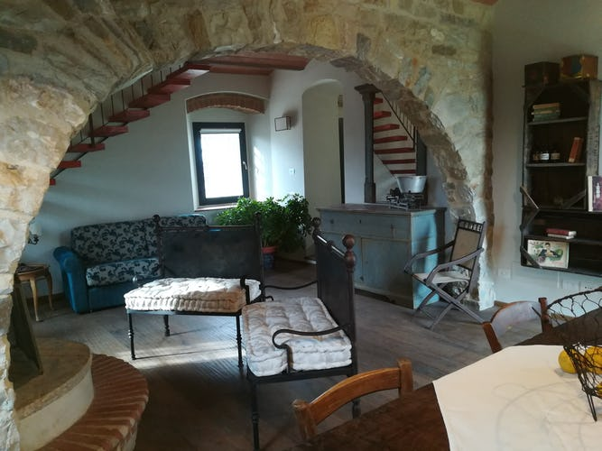 Agriturismo Vicolabate: lovely fireplace and heating system for cool days