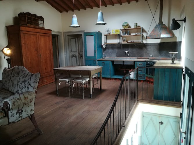 Agriturismo Vicolabate: Decorated with quality antiques