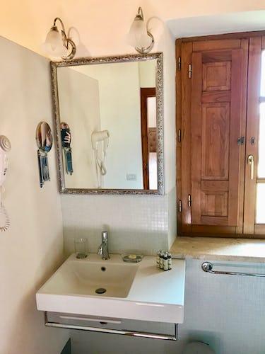 BelSentiero Estate & Country House: asciugacapelli nei bagni, biancheria di qualità, shampoo e creme varie