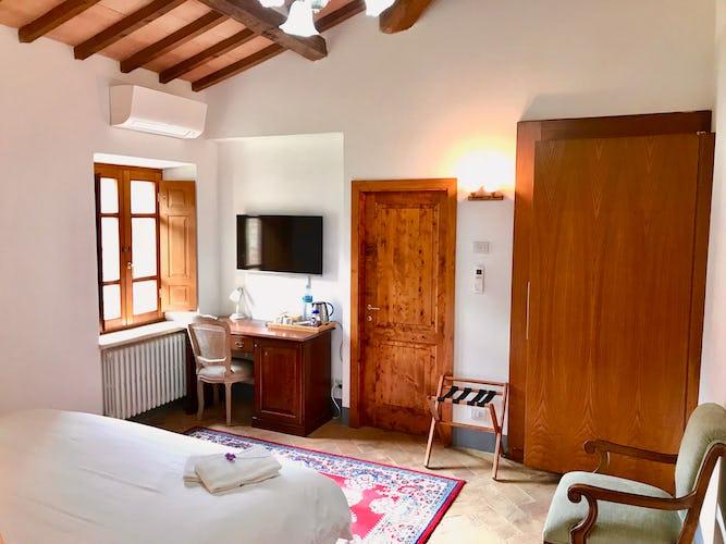 BelSentiero Estate & Country House: ogni camera è dotata di aria condizionata e piccolo frigo