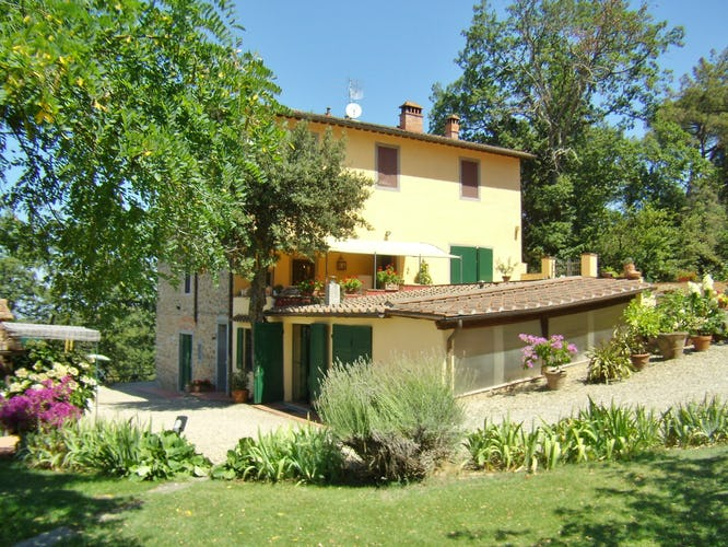 Agriturismo La Tinaia - Close to the city of Florence