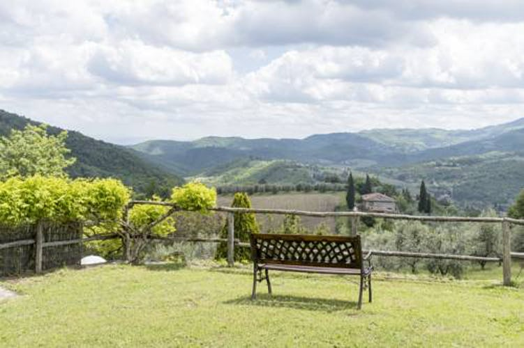Agriturismo La Sala: The tranquility of the Tuscan countryside