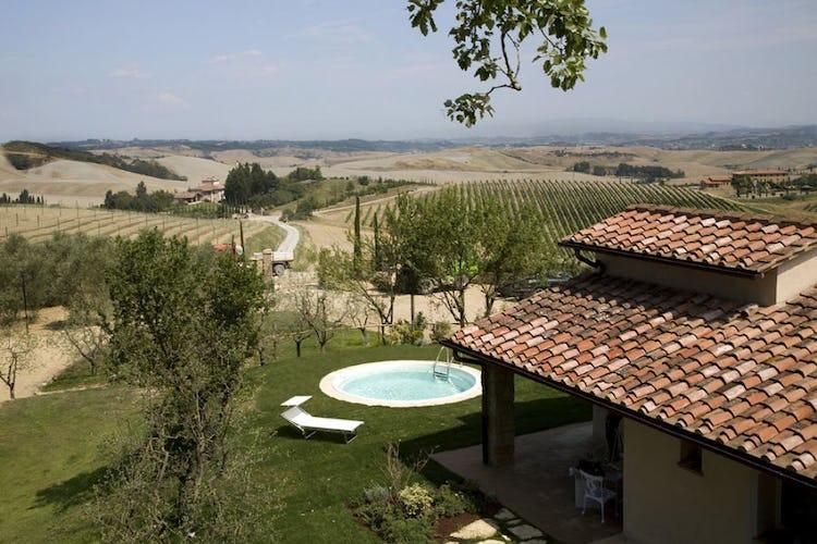 Borgo della Meliana: Cottage and vineyards in Tuscany farhmouse