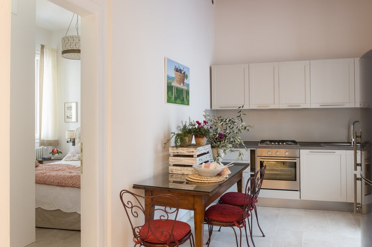 Borgo de Greci Vacation Apartments in Florence: Enjoy meals at home