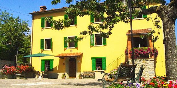 Il Borgo di Isora Farmhouse Apartments Pistoia