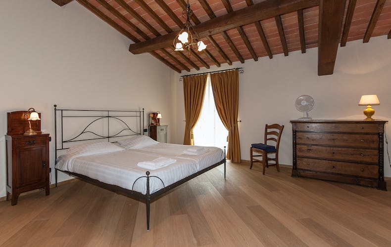 Borgo La Casa in Tuscany, Casa Girasole offers parquet wooden floors