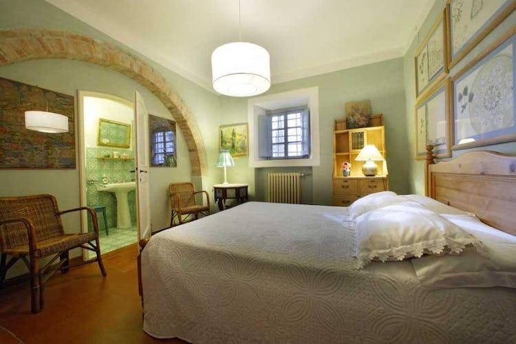 La camera Neri situata al piano terra della casa