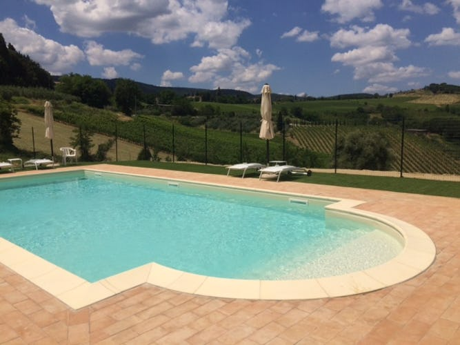 Agriturismo Casa dei Girasoli - Anche la vista che si può ammirare dalla piscina ti lascerà senza fiato