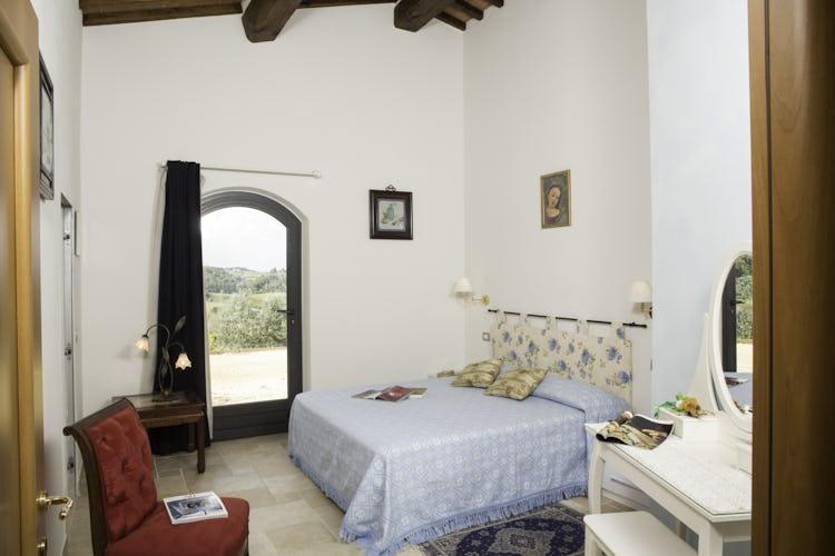 Agriturismo Casa dei Girasoli - La camera matrimoniale dell'appartamento Azzurro
