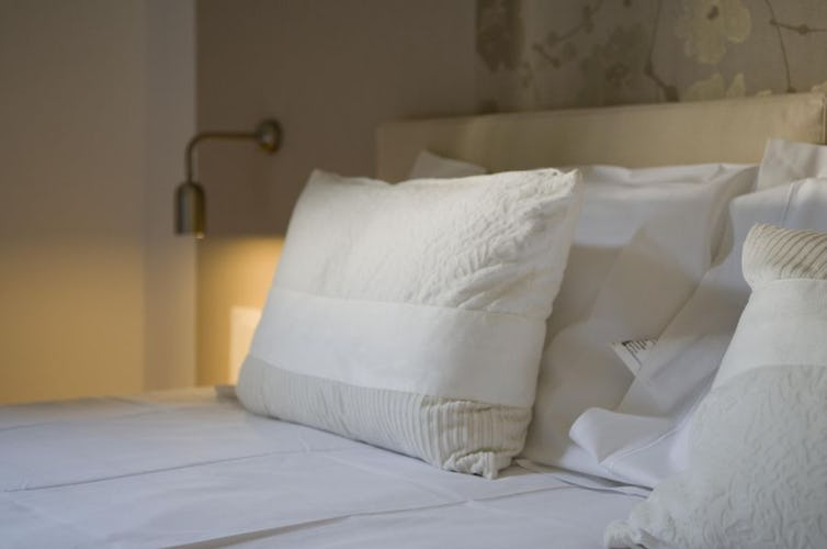 CasaDiMina B&B room with soft tones