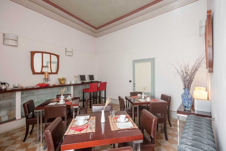 Casa Rovai B&B and Guest House - Internet point with guest stations in the breakfast room