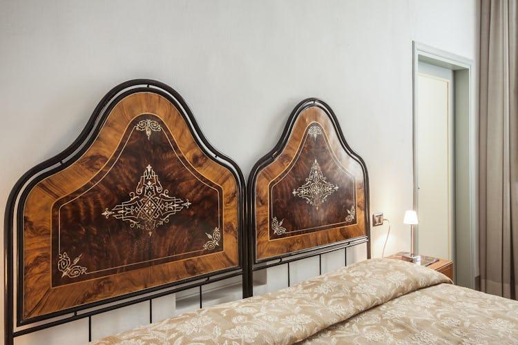 Casa Rovai B&B and Guest House - Arredo contemporaneo con mobili d'antiquariato appartententi alla famiglia da anni