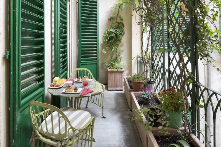 Casa Rovai B&B and Guest House - Colazione in terrazza con vista sul cortile interno