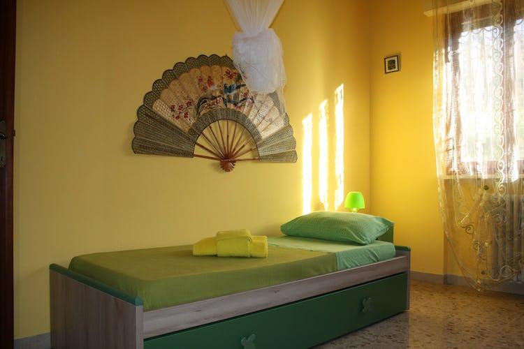Casa Vacanze i Cipressi and holiday apartments:  comfortable single bedroom