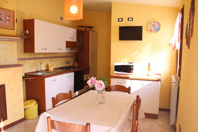 Casa Vacanze i Cipressi and holiday apartments: lots of extras including dishwasher, clotheswasher and microwave
