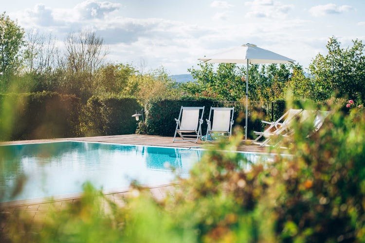 Casale Cardini - Green gardens in Tuscany
