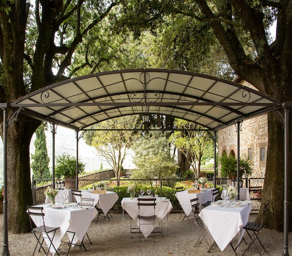 Castello Vicchiomaggio :: Romantic setting for your Tuscany holiday