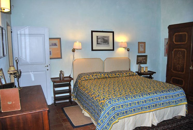 Conutry motif with antique furniture at Chianti Apartments