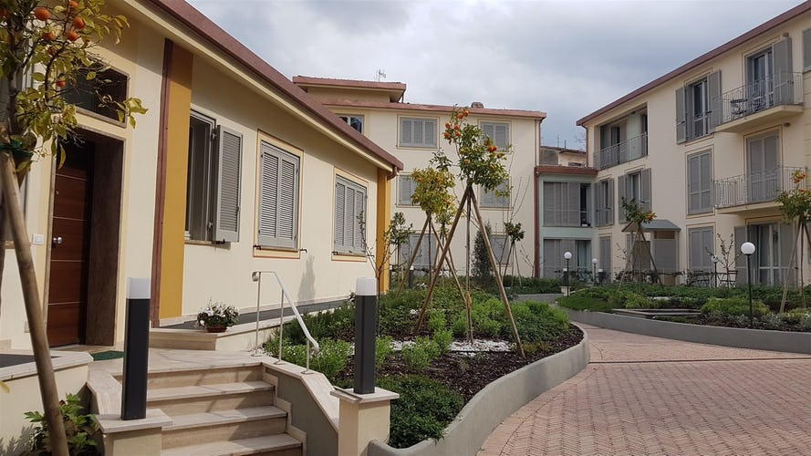Cocoplaces Apartments - Private garden