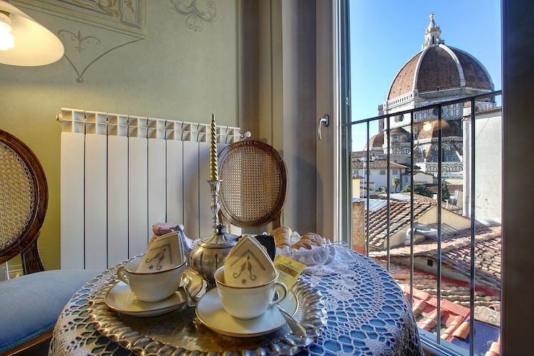 Cupido Vacation Rental Apartment in Florence, Italy