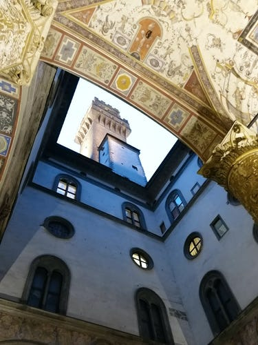 Vista su Palazzo Vecchio, uno degli edifici più rappresentativi di Firenze