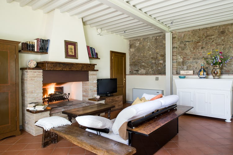 Wine Resort Fattoria Pogni and the vacation villa rental is suitable for up to 10 persons