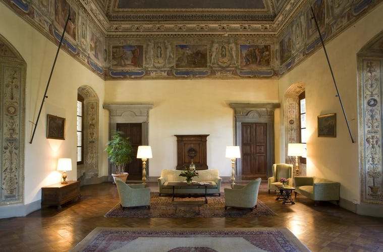 Hotel Torre di Bellosguardo - Affreschi ed opere d'arte originali, mobilio d'antiquariato