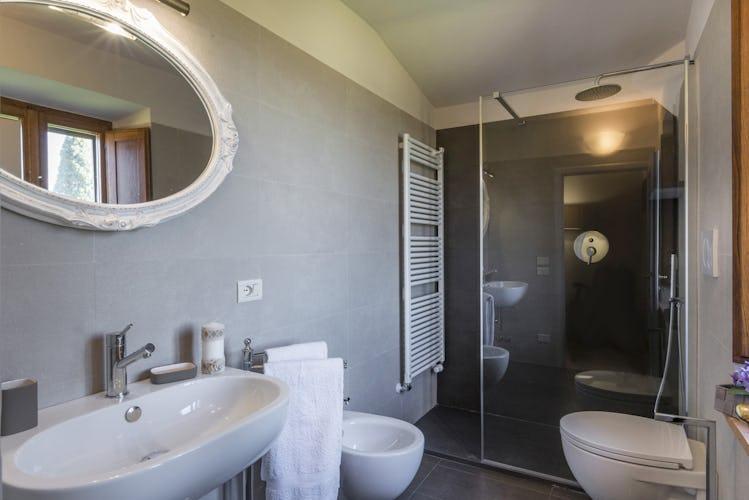Villa I Cipressini: bagni moderni dotati di tutti i comforts