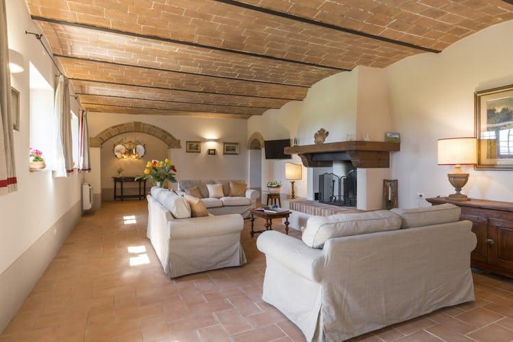 Villa I Cipressini: sembra di fare un salto indietro nel tempo, circondati da un contesto rurale dal fascino senza tempo