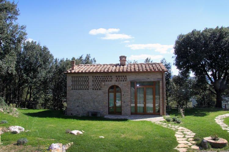 Il Corbezzolo - Farmhouse Rental in Tuscany