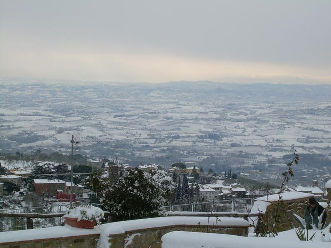 Il panorama sotto la neve