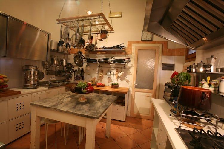La cucina attrezzata per preparare piatti deliziosi