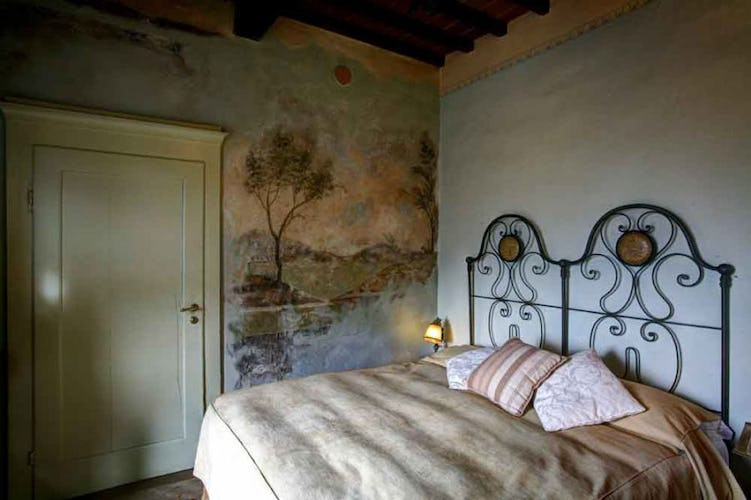 Each room has been decorated with care, highlighting Tuscany & relax
