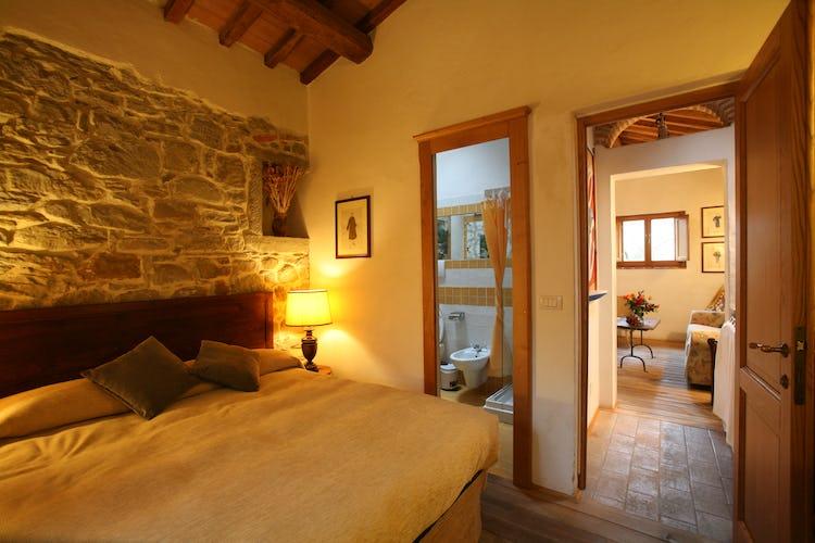 La villa appena fuori dalle mura di Cortona offre tranquilita e comfort