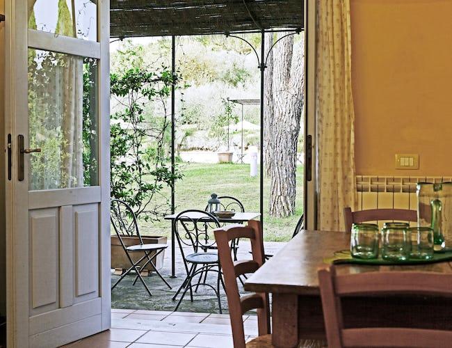 Gli appartamenti de La Certaldina sono stati arredati in tipico stile toscano