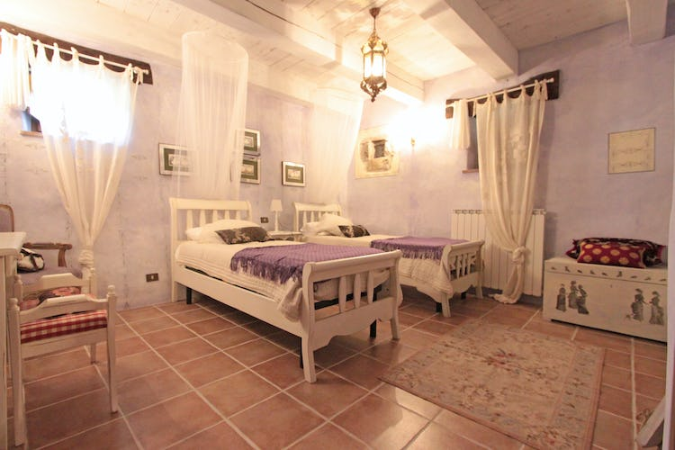 La Loggia Fiorita holiday villa rental with 5 bedrooms (4 doubles and one twin)