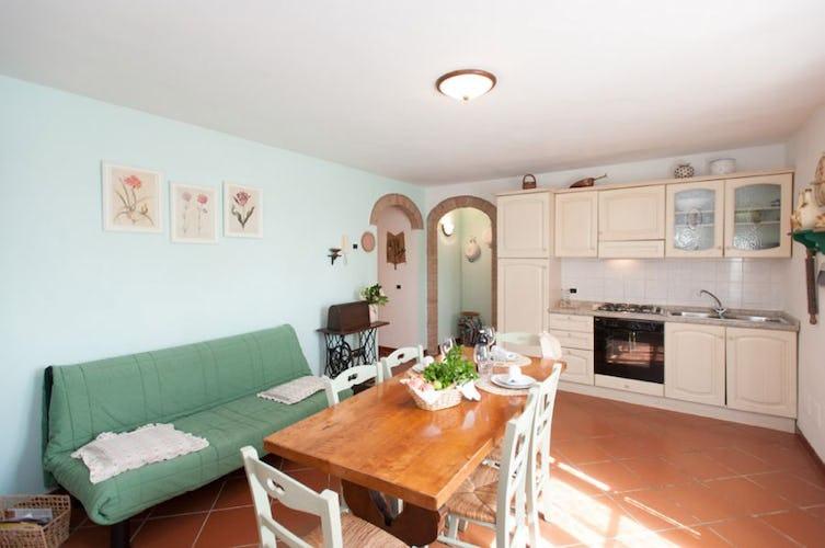 La cucina attrezzata dell'appartamento Mulino a Vento